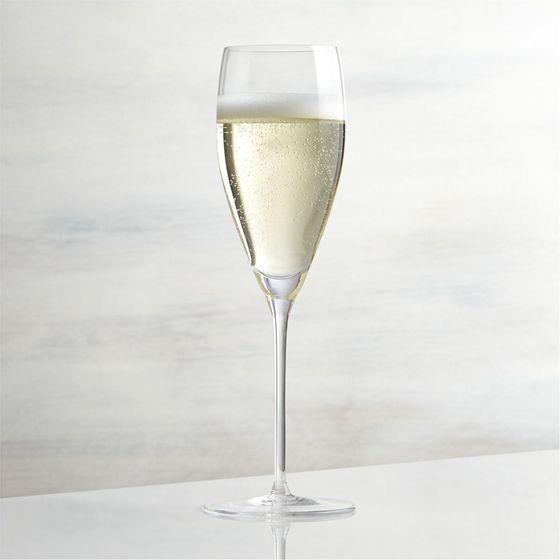 Copa-para-Champagne-Vineyard-