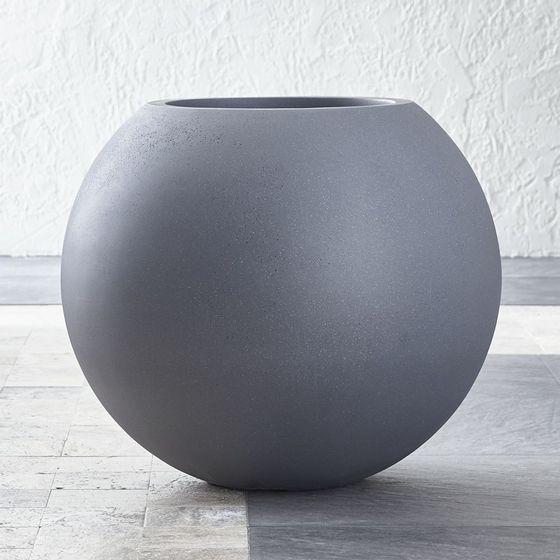 Maceta-Grande-con-Forma-de-Esfera