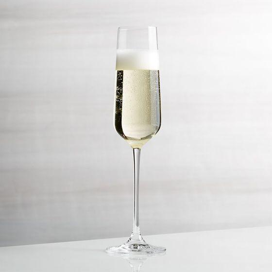 Copa-de-Champagne-Hip