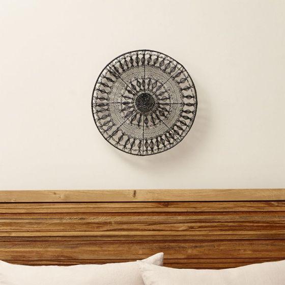 Adrono-de-Diseño-Circular-para-Pared-de-Metal--Mediano-4